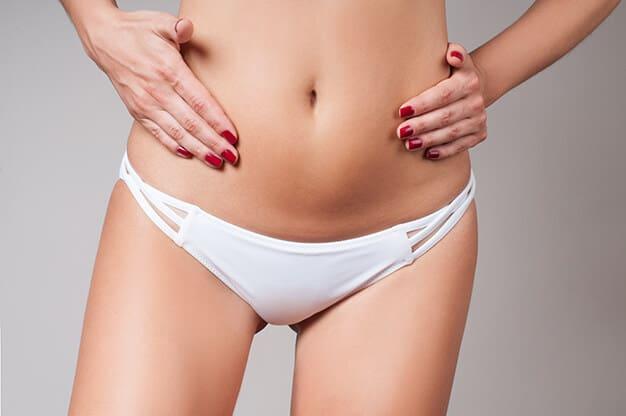 Schamhügelkorrektur durch Fettabsaugung
